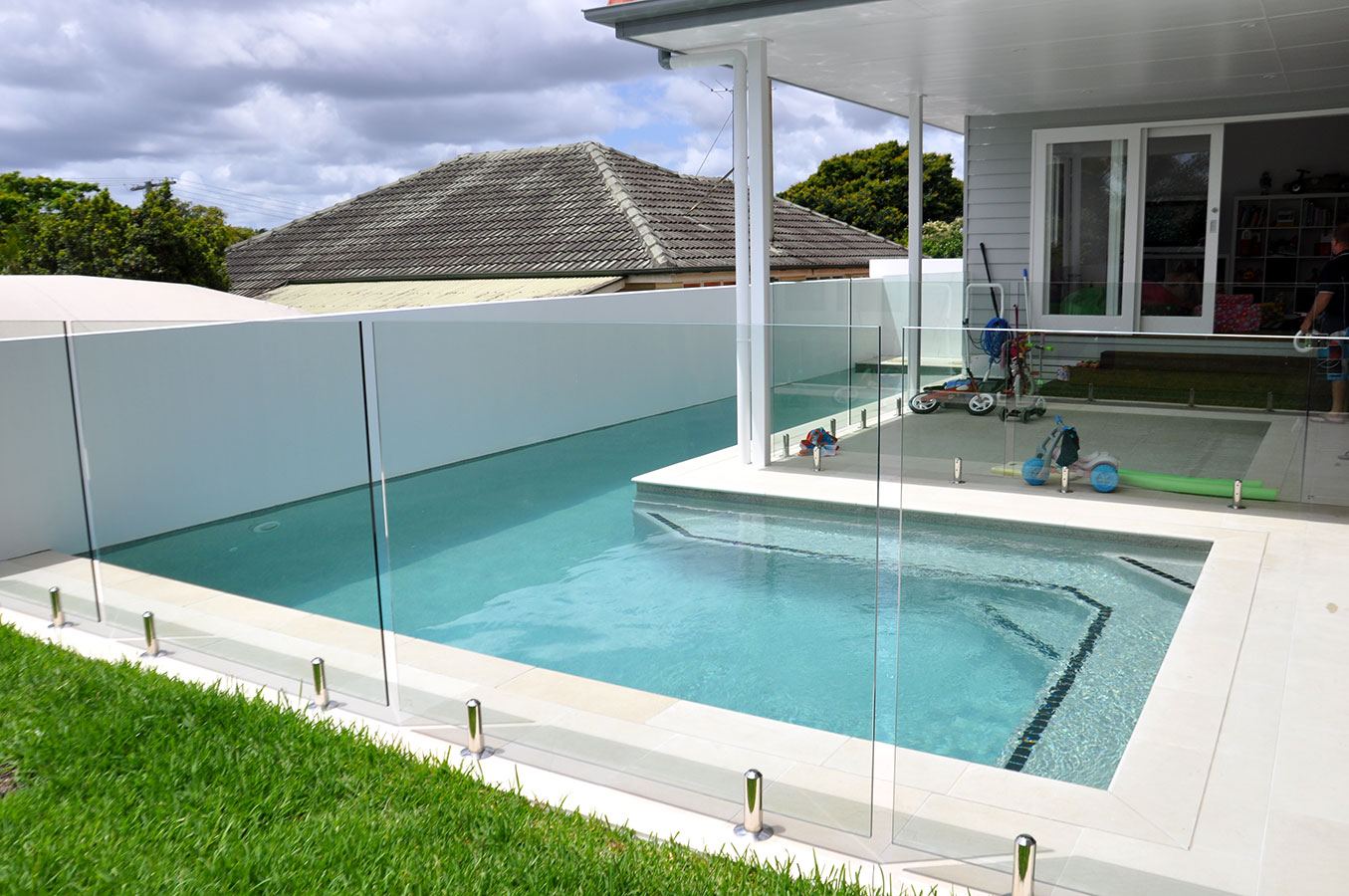 How much does it really cost to build a concrete pool in for Pool house building costs